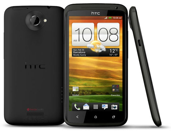 HTC One X i svart